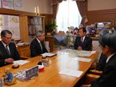 日本ユニセフ協会の早水研専務理事が、上田清司知事を表敬訪問